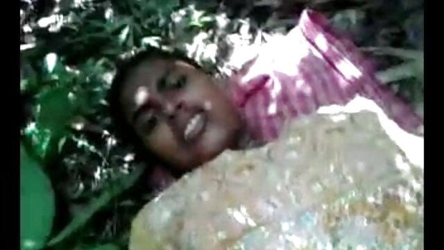 সুন্দরি বাংলাদেশী সেক্সি ভিডিও গান সেক্সি মহিলার,