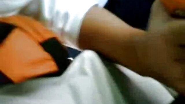 বড় সুন্দরী মহিলা, বড়ো পোঁদ ভোজপুরি সেক্সি