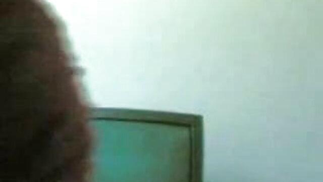 বড় সুন্দরী মহিলা, ইমরান হাসমির সেক্সি গান স্বামী ও স্ত্রী, কার্টুন, বৃদ্ধা, ভারতীয়, তিনে মিলে, পার্টি,