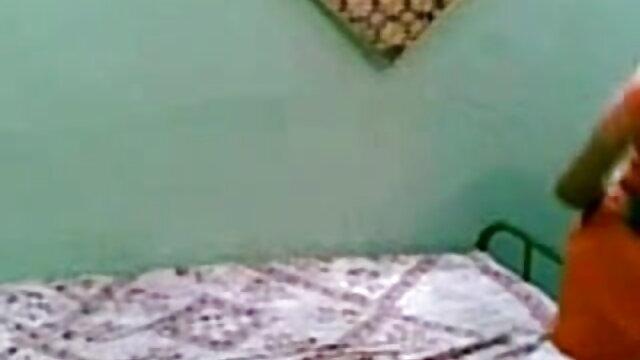প্রচণ্ড উত্তেজনা বাঁড়ার রস খাবার অপেশাদার ভোজপুরি সেক্সি বড়ো মাই