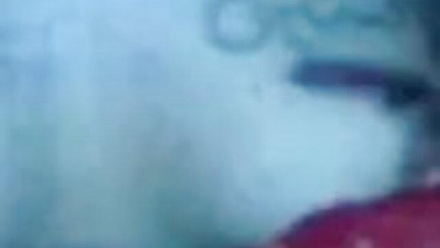 আবর্জনা ফলের মেয়ে একটি সেটিং মেশিন ইংলিশ সেক্সি গান হতে