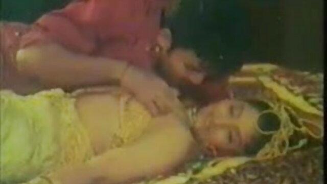 মেয়ে সমকামী ইমরান হাসমির সেক্সি গান সুন্দরী বালিকা মেয়ে সমকামী বালিকা গুদ
