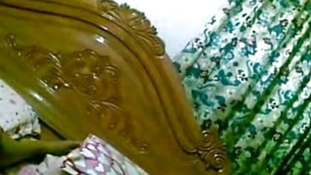 গাধা, উদ্দেশ্যে, একটি ক্যান্সার মানুষের পীনস্তনী নতুন সেক্সি মায়ের এবং তার তরুণ বন্ধু করা
