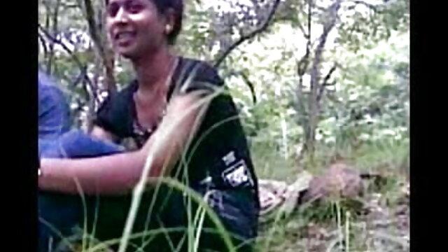 ব্লজব বৌদি সেক্সি স্বামী ও স্ত্রী পুল বহিরঙ্গন শ্যামাঙ্গিণী