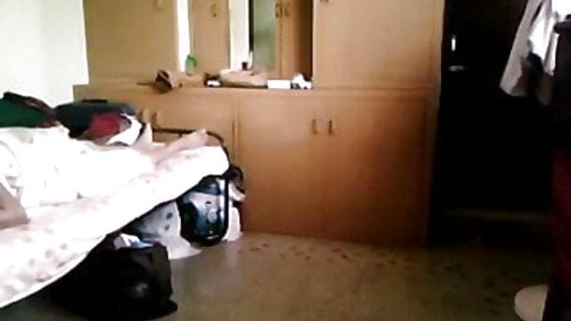 পোঁদ, পায়ু, বাঁড়ার গ্রহণ বান্ধবী সামনে সেক্সি অ্যাডাল্ট নিচু টেবিলের ঘের সব