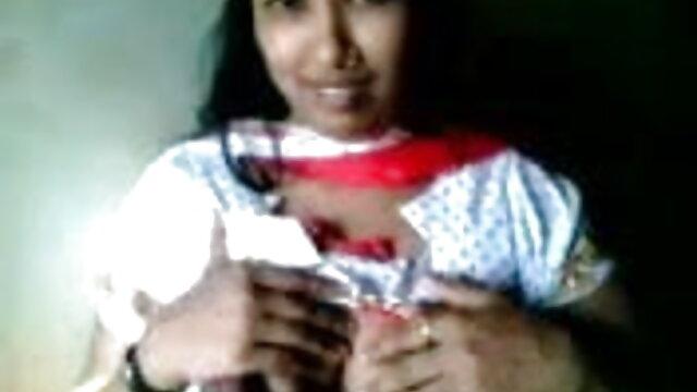 বড়ো পোঁদ হট সেক্সি ভিডিও গান সুন্দরী বালিকা পায়ু বড়ো মাই