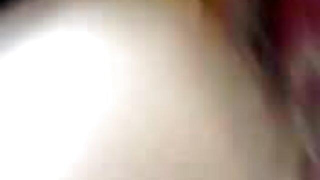 বড় সুন্দরী মহিলা, বড়ো পোঁদ, মোটা, সেক্সি ভাবি ভিডিও উদ্ভট কল্পনা