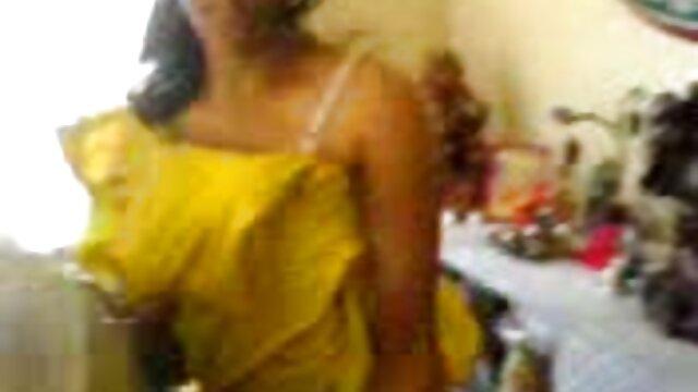 মেয়ে সমকামী, বাংলা ছবির সেক্সি গান নকল বাঁড়ার,