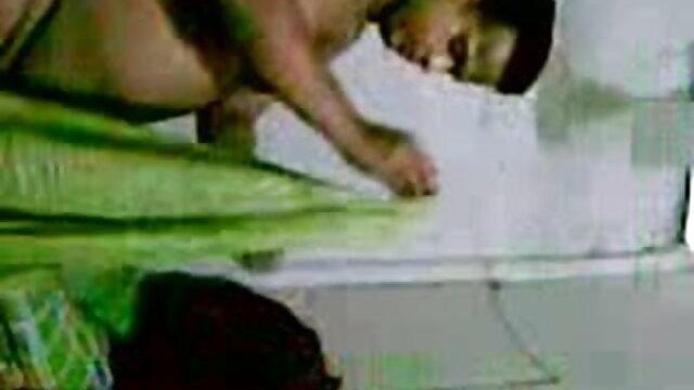 মেক্সিকানদের বিভিন্ন হাত তার ইমরান হাসমির সেক্সি গান বান্ধবী পাঠানো ডেলিভারি উপহার