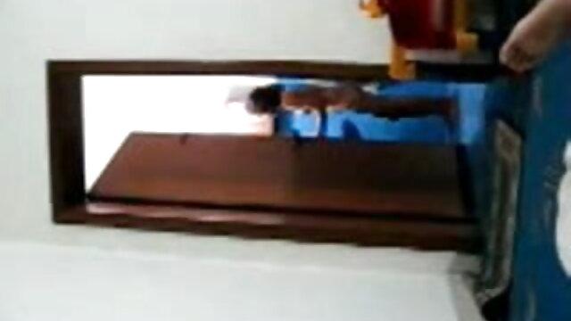 স্বামী ও বাংলা সেক্সি ডান্স স্ত্রী,